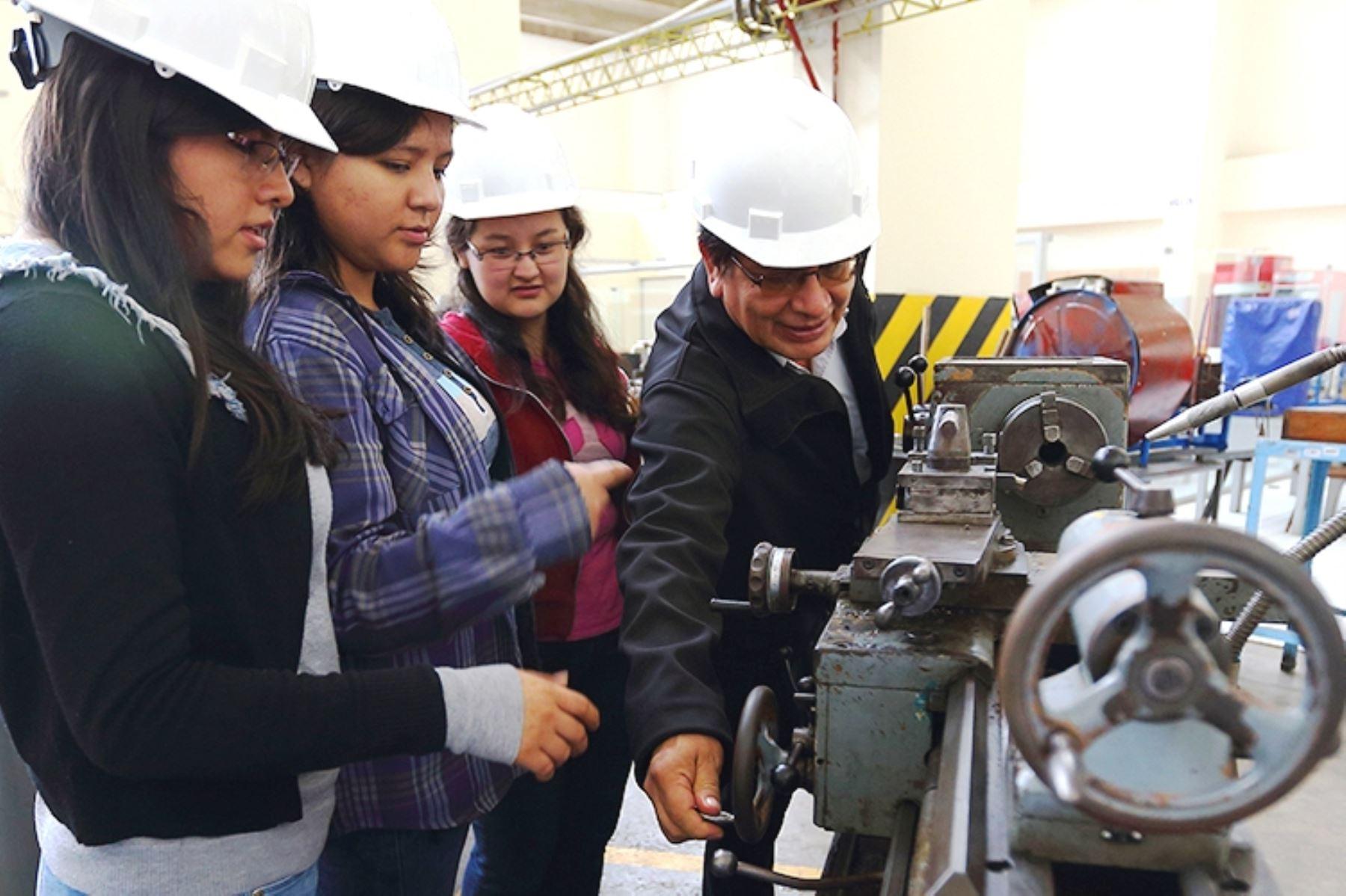 Conoce los 69 programas de ingeniería con altos estándares de calidad educativa. Foto: ANDINA/Difusión.