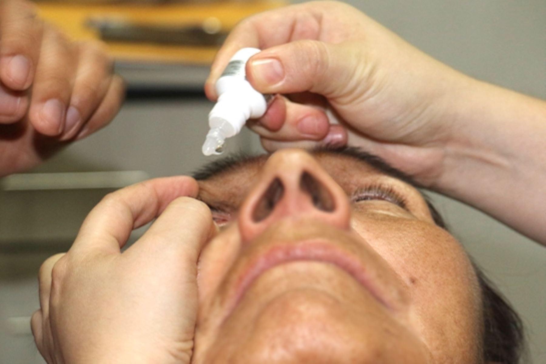 Uso en ojos de medicamentos sin recete puede terminar en pérdida de la visión. Foto: ANDINA/Difusión.