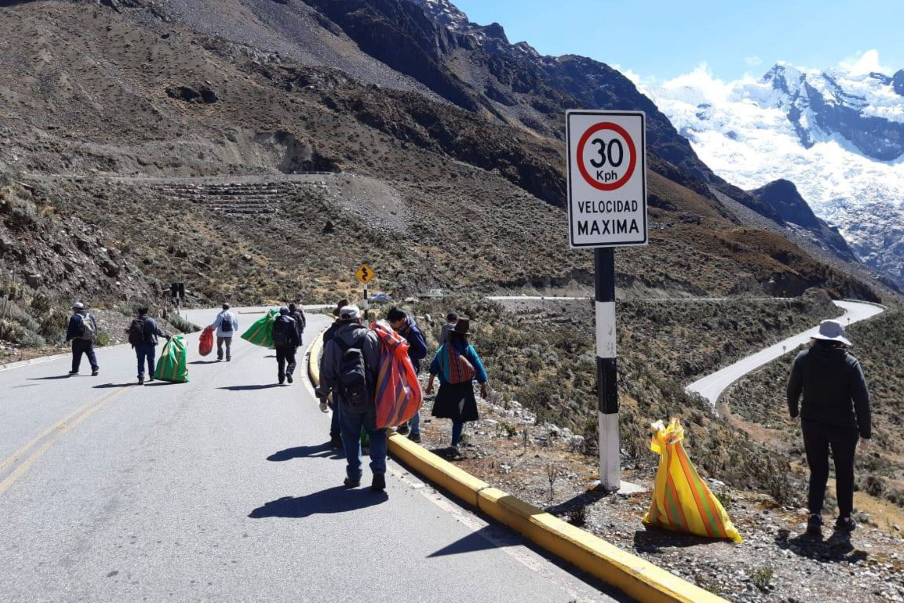 Como parte de la campaña Chao Plástico, se retiraron más de 1,000 kilos de residuos inorgánicos del Parque Nacional Huascarán (Áncash).