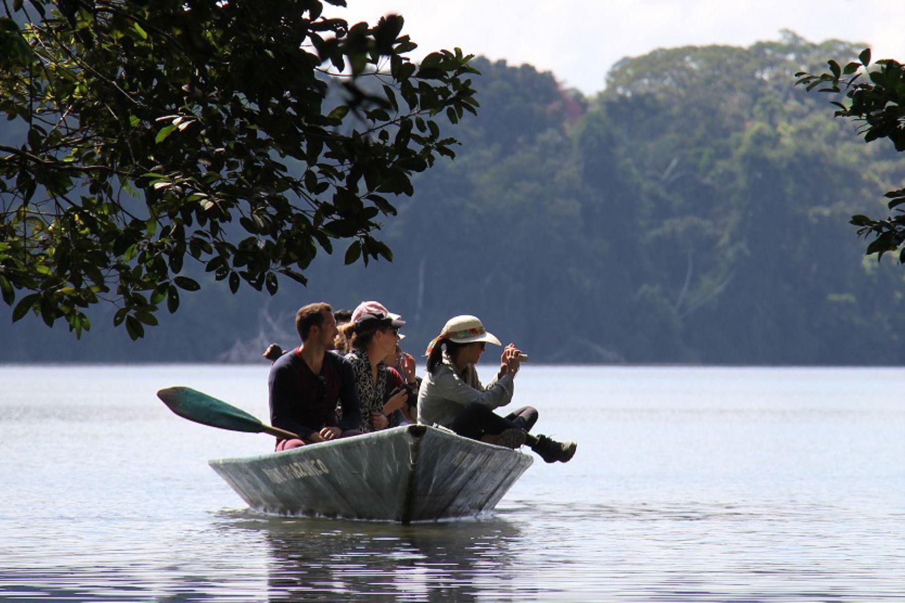 Más de 2 millones y medio de turistas visitaron las áreas naturales protegidas durante el 2019, lo que representa un incremento de 14% anual desde hace cinco años, informó el Sernanp. ANDINA/Difusión