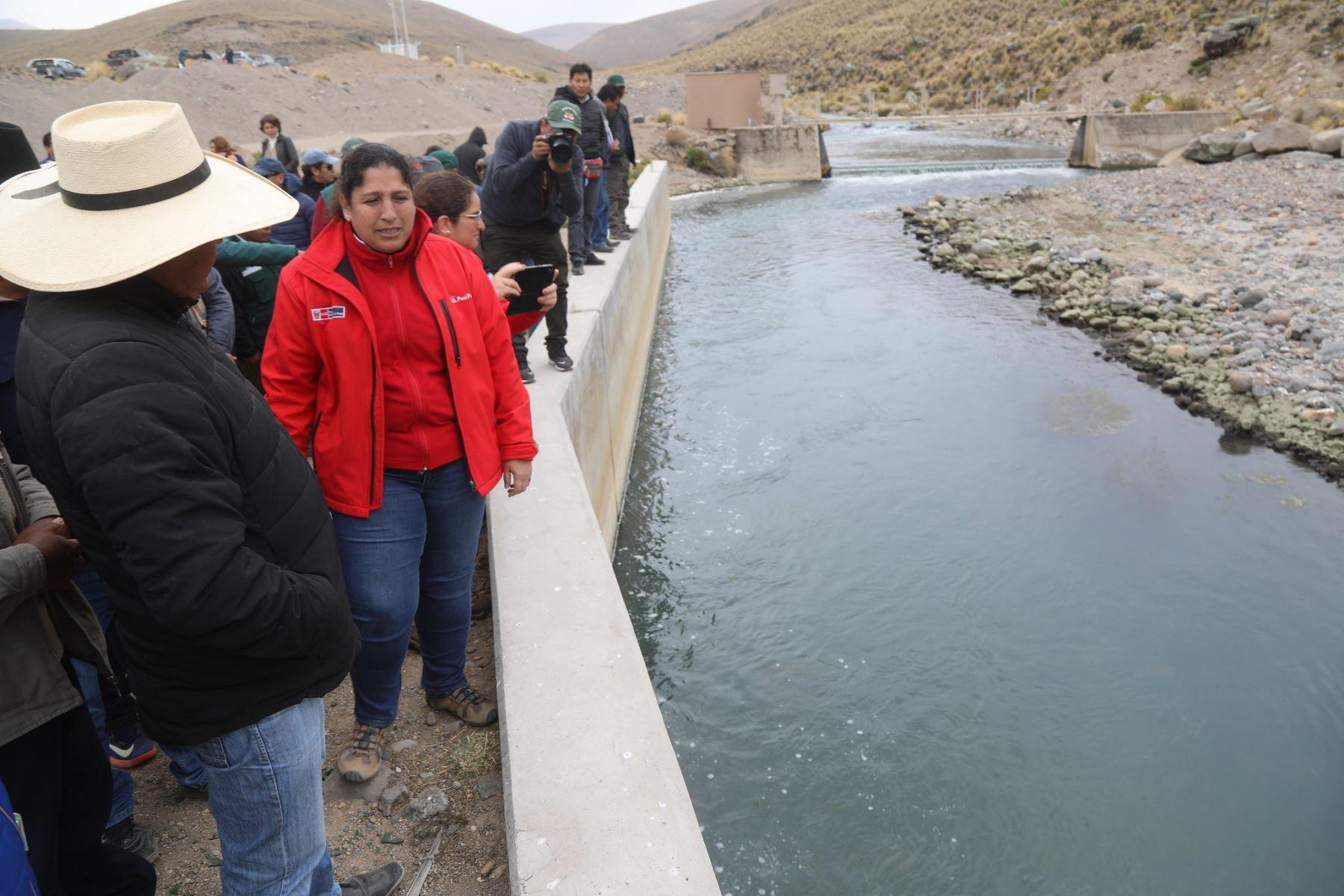 Comitiva del Ejecutivo visita Candarave y mantiene el diálogo con autoridades de esa provincia tacneña.