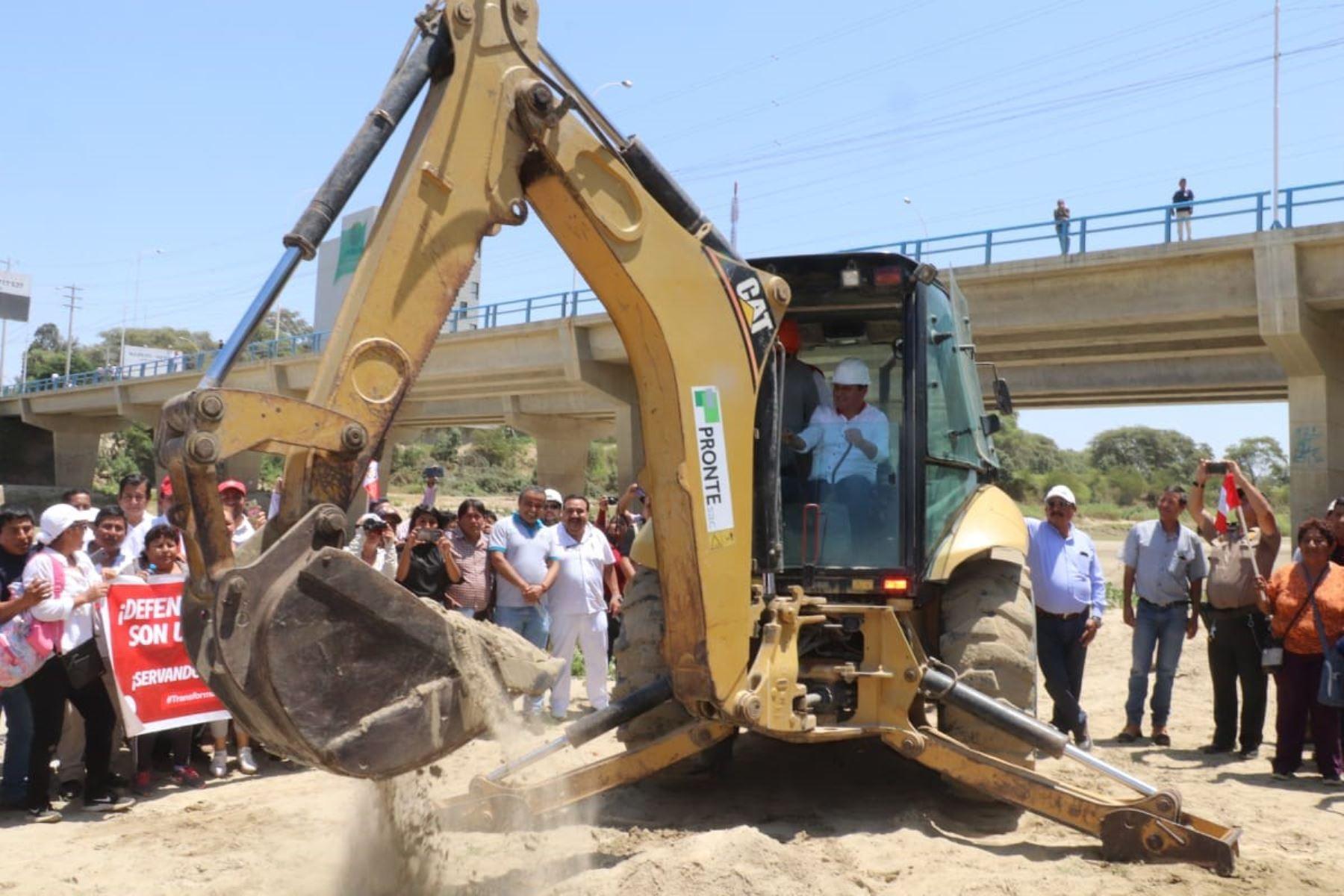 En Piura, el titular de la ARCC, Nelson Chui, participó en la inauguración de obras del proceso de reconstrucción.