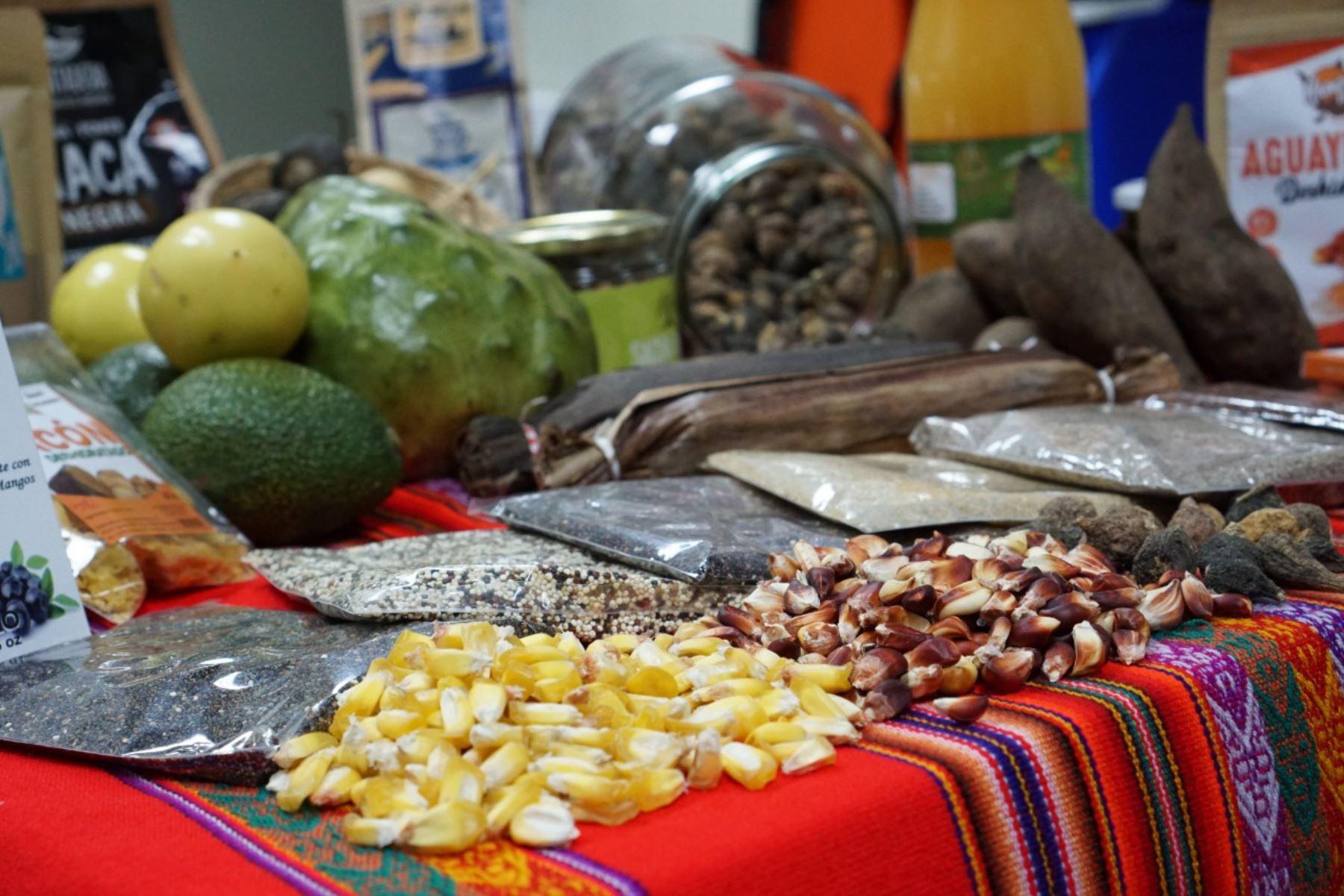 Del 13 al 15 de setiembre se efectuará la Feria Cultural de Cultural de Superalimentos, Granos y Cultivos Andinos funcionará en la plazuela del Teatro Municipal de Lima.
