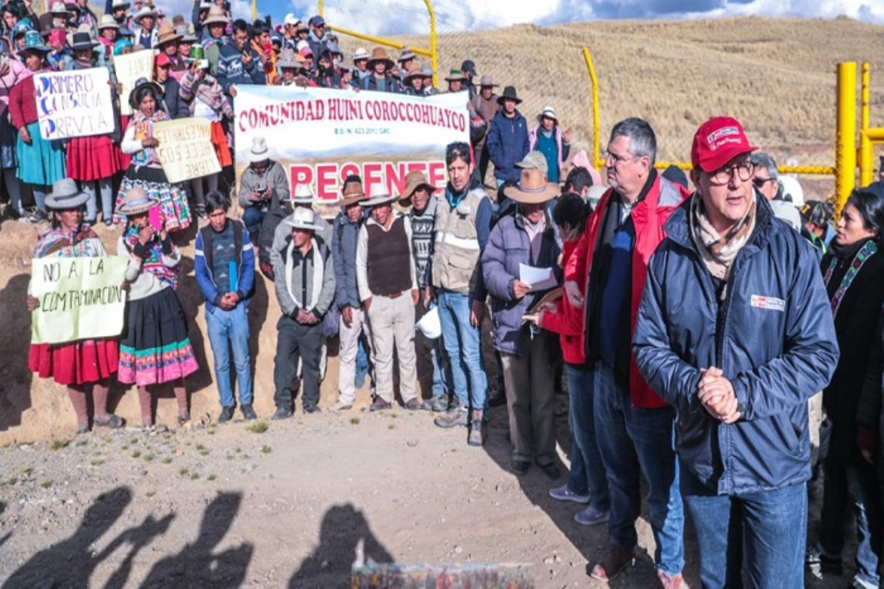 La visita se dio en cumplimiento del acuerdo asumido por el Ejecutivo durante la reunión sostenida el pasado 26 de agosto en Lima con representantes de las 13 comunidades originarias de Espinar
