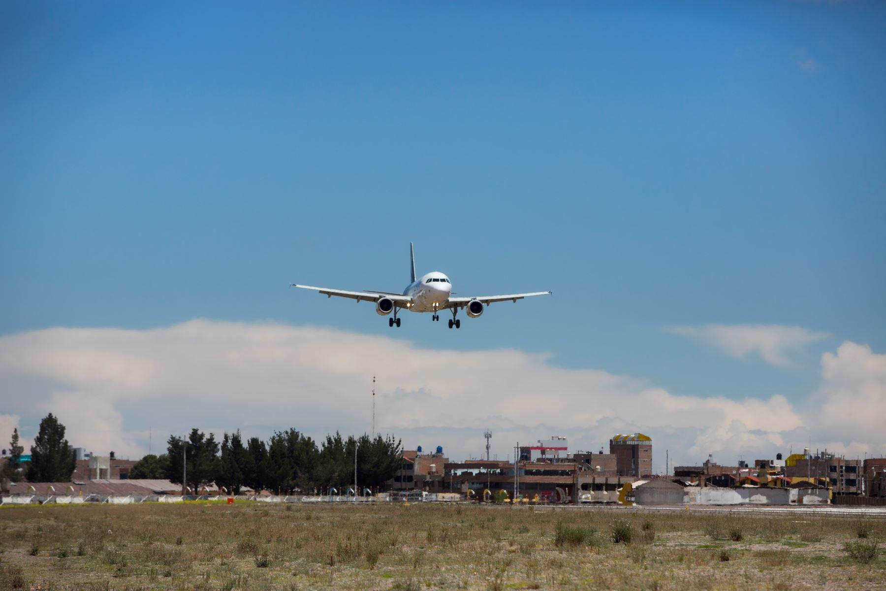 Foto: ANDINA/DifusiónAnuncian inversión de US$ 1.7 millones en pista de aeropuerto de Juliaca, en Puno. ANDINA/Difusión