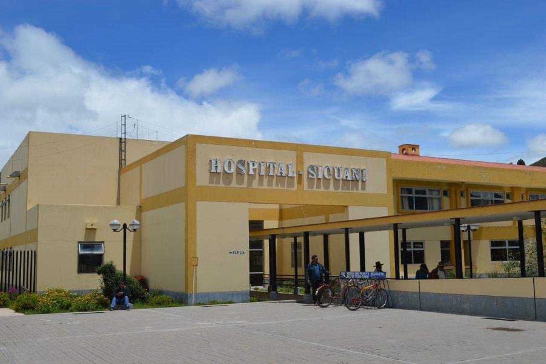 Al Hospital Alfredo Callo Rodríguez de Sicuani (Cusco) fue trasladado el accidentado Franklin Michael Hancco Huayhua, quien falleció horas después.