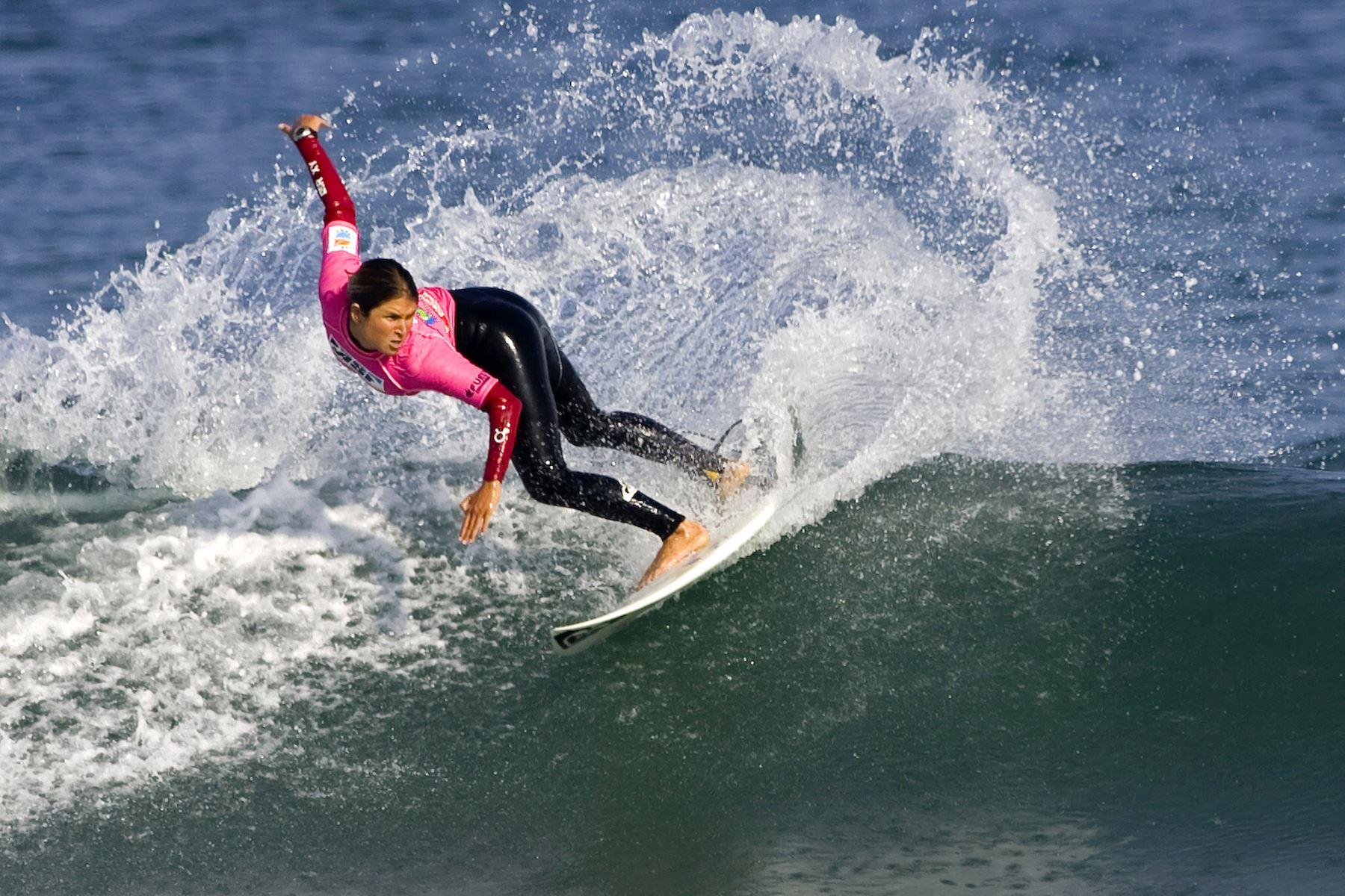 Sofía Mulanovich, durante la competencia en Mancora Peru Classic 2007 Women ASP World Tour. Foto: AFP