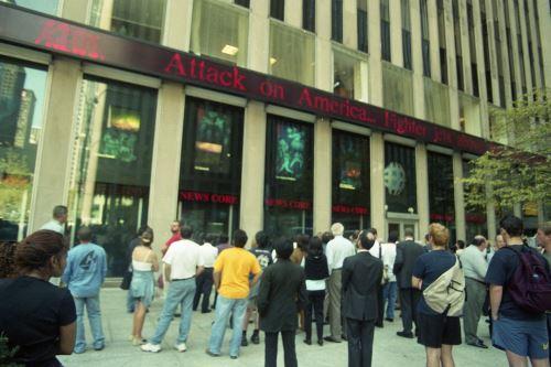 """""""América bajo ataque"""", un mensaje que se repitió en todo el mundo la mañana del dramático 11 de setiembre de 2001. ANDINA/Pedro Cárdenas."""