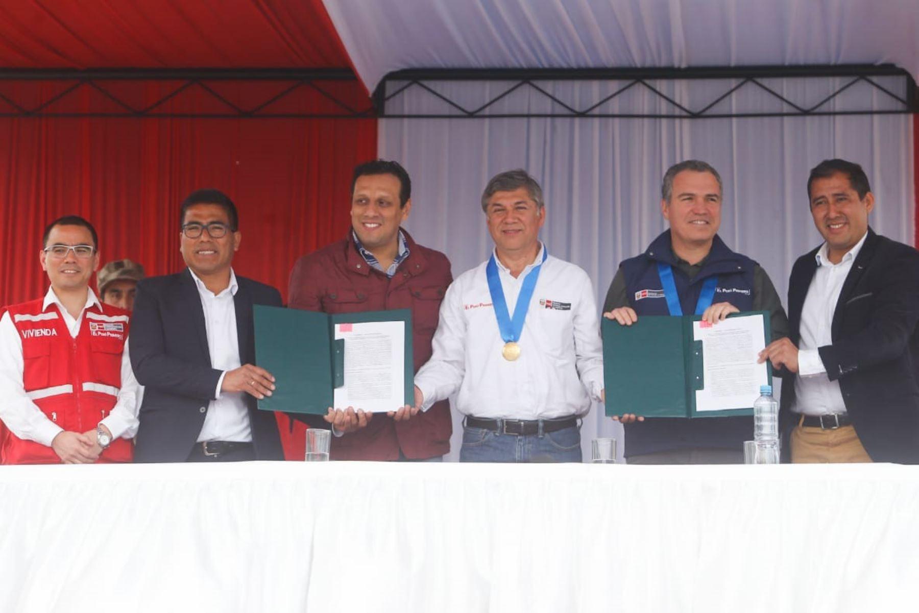 La Compañía Minera Antamina empezará a más tardar en un año las obras para mejorar el servicio de agua potable en la provincia de Huarmey, región Áncash.