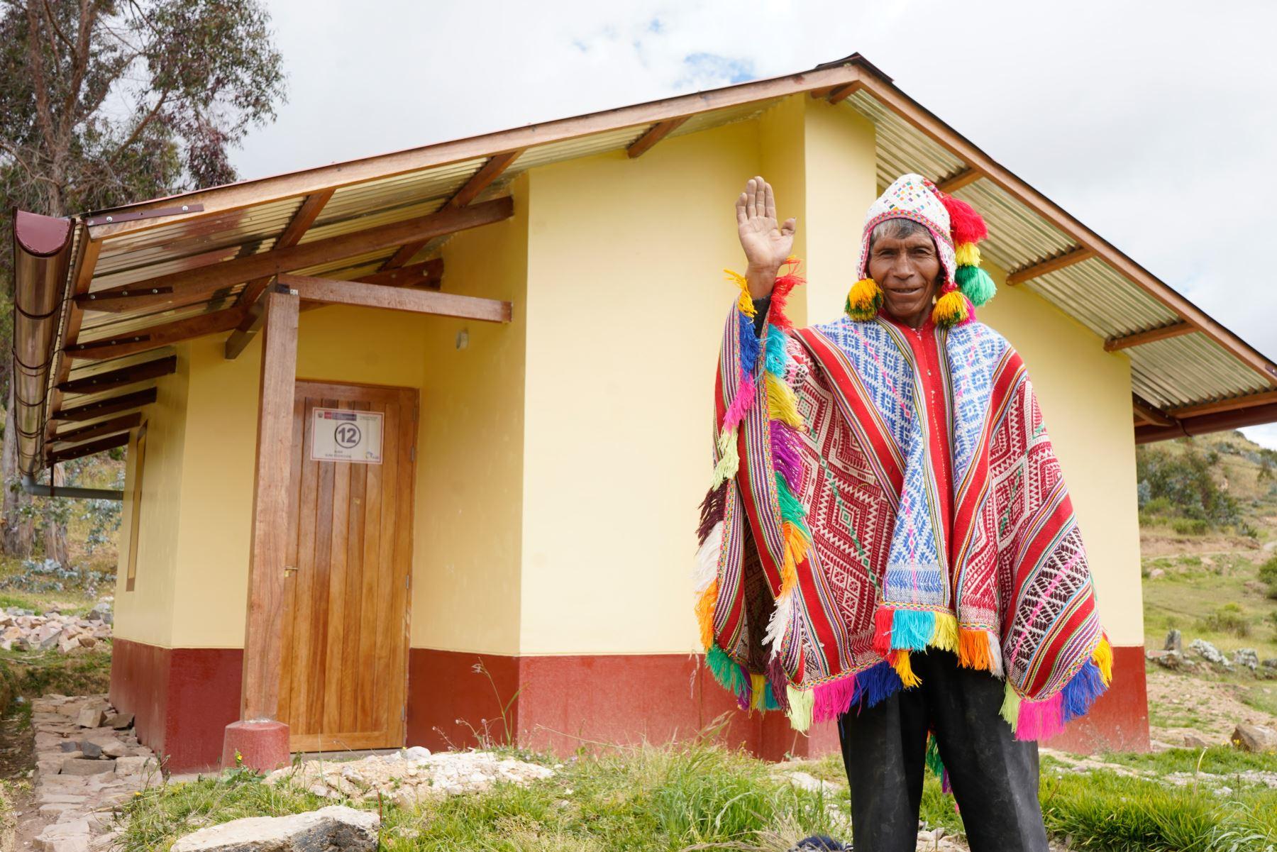 El Ministerio de Vivienda, Construcción y Saneamiento edificará 1,300 viviendas bioclimáticas Sumaq Wasi en las regiones de Huancavelica, Junín, Apurímac, Ayacucho, Arequipa y Tacna.