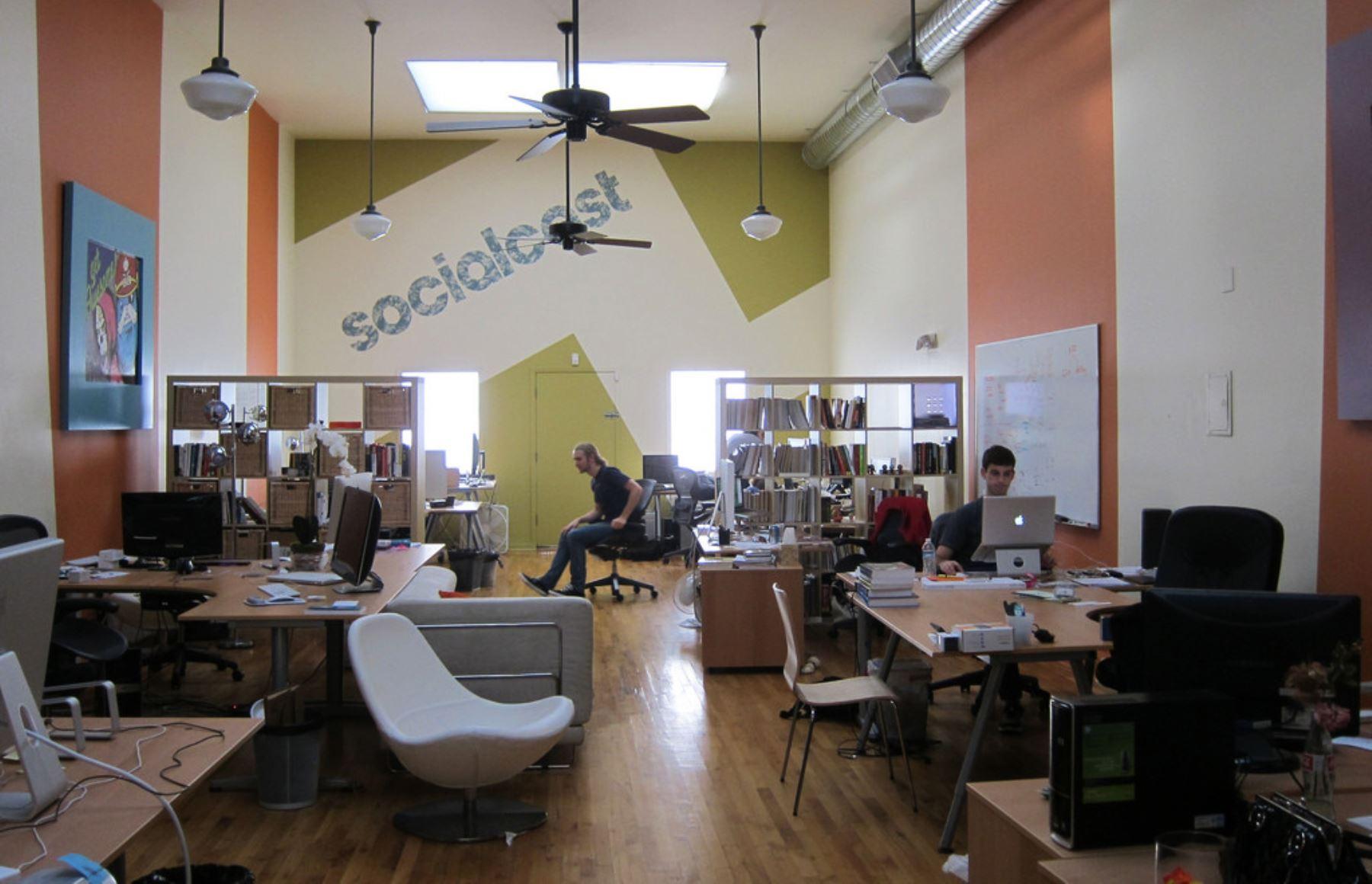 Las redes sociales se han convertido en los mejores espacios digitales para comunicarnos.