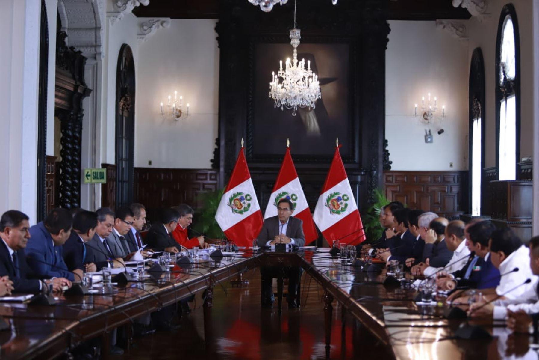 El presidente Martín Vizcarra se reunió en Palacio de Gobierno con las autoridades y representantes de la sociedad civil de Piura, para evaluar los avances del proceso de la reconstrucción.