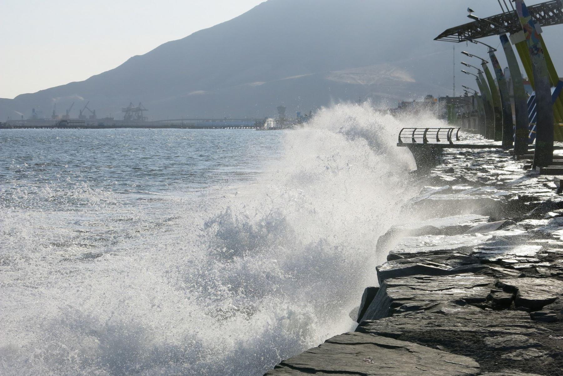 """El último tsunami registrado sucedió en los años 70 y """"acabó"""" con el Callao, apuntó especialista. Foto: ANDINA/Gonzalo Horna."""