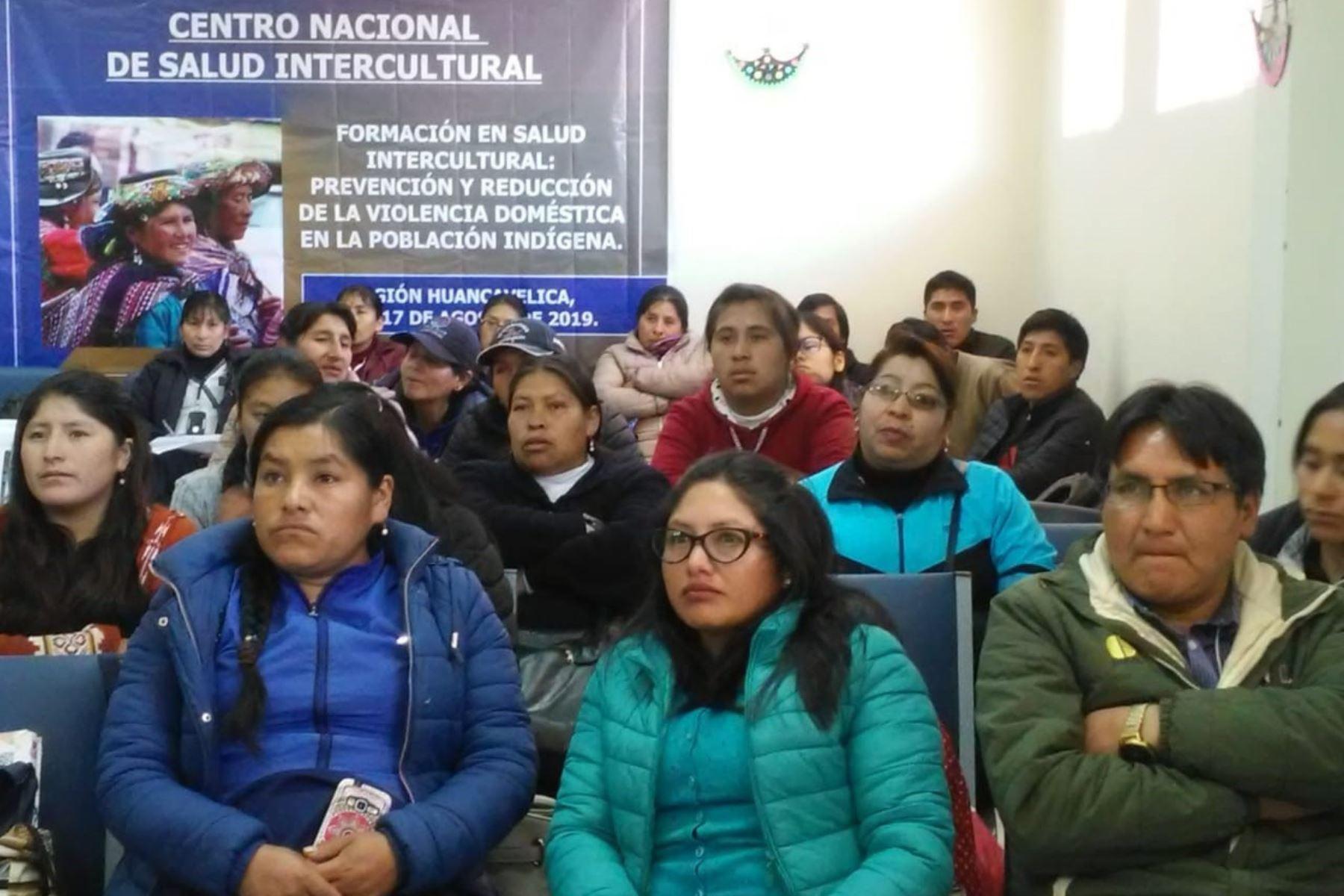 Instituto Nacional de Salud capacita en salud intercultural para la atención a poblaciones indígenas. ANDINA/Difusión