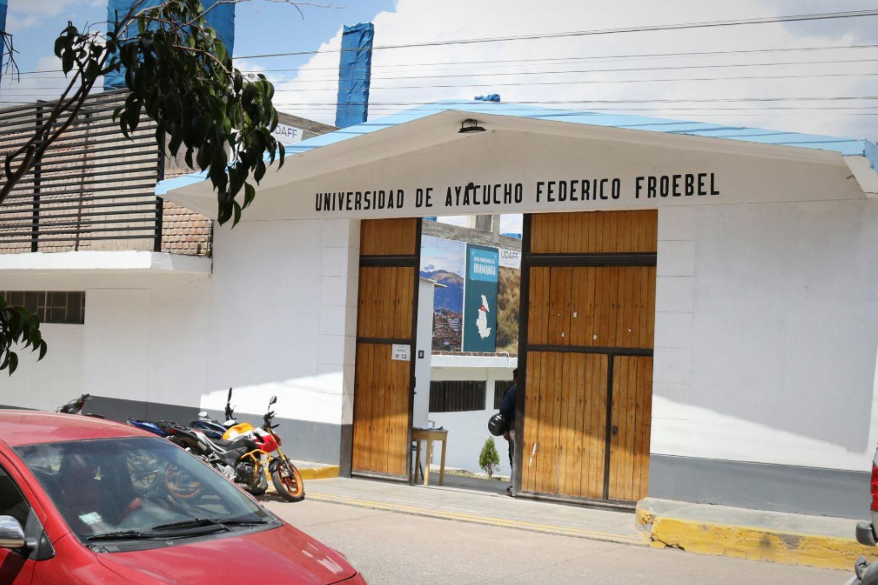 La Universidad de Ayacucho Federico Froebel ofrece tres programas académicos en su único local ubicado en la provincia de Huamanga. Foto: Sunedu