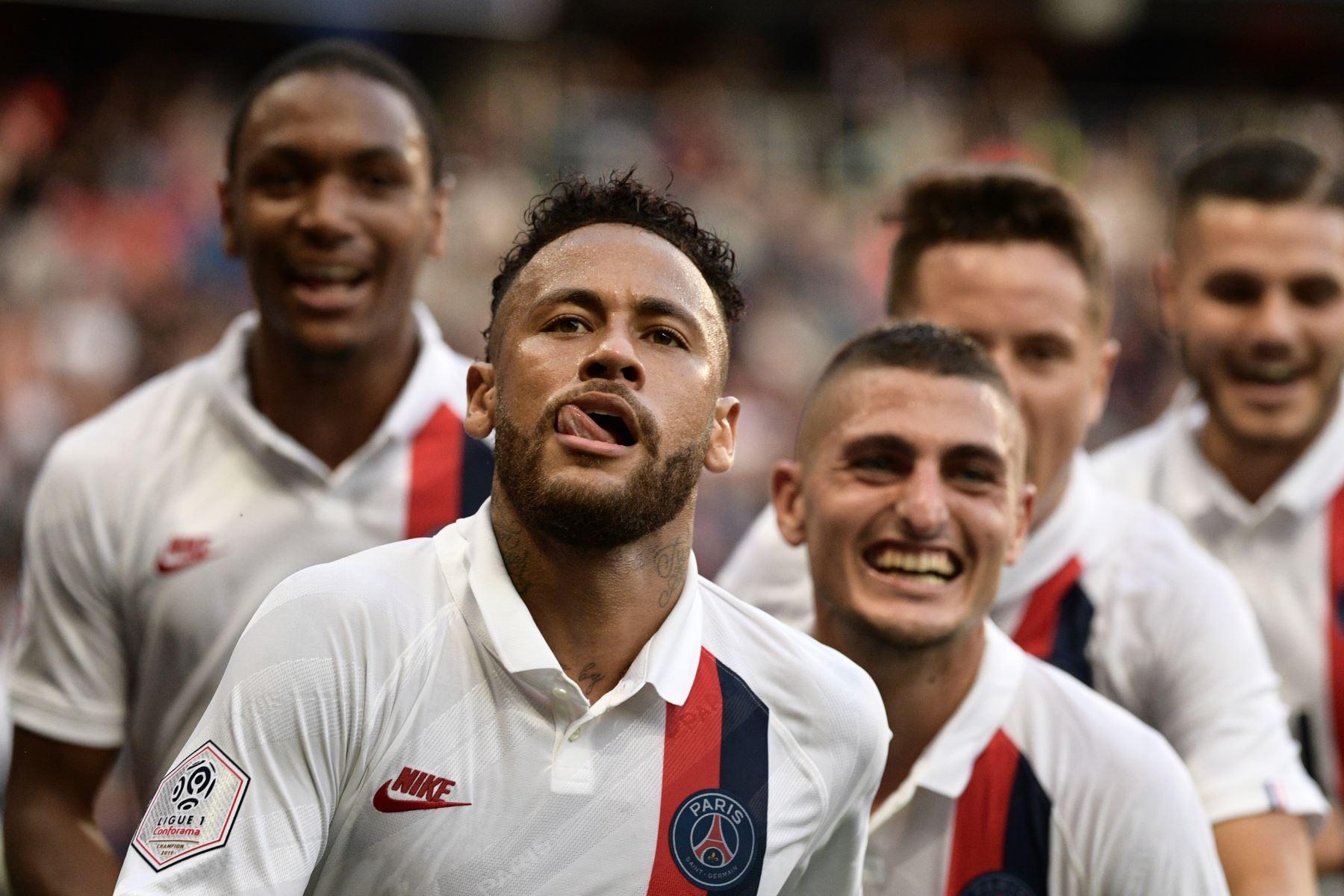 Astro brasileño Neymar le dio la victoria al PSG con gran actuación. Resultado culminó 1 a 0 ante el Racing de Estrasburgo. Foto: AFP