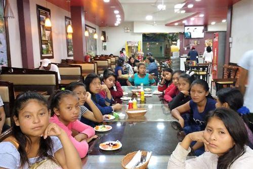 Escolares machiguengas de la provincia de La Convención viajan a Lima para la etapa final de los JDEN 2019.