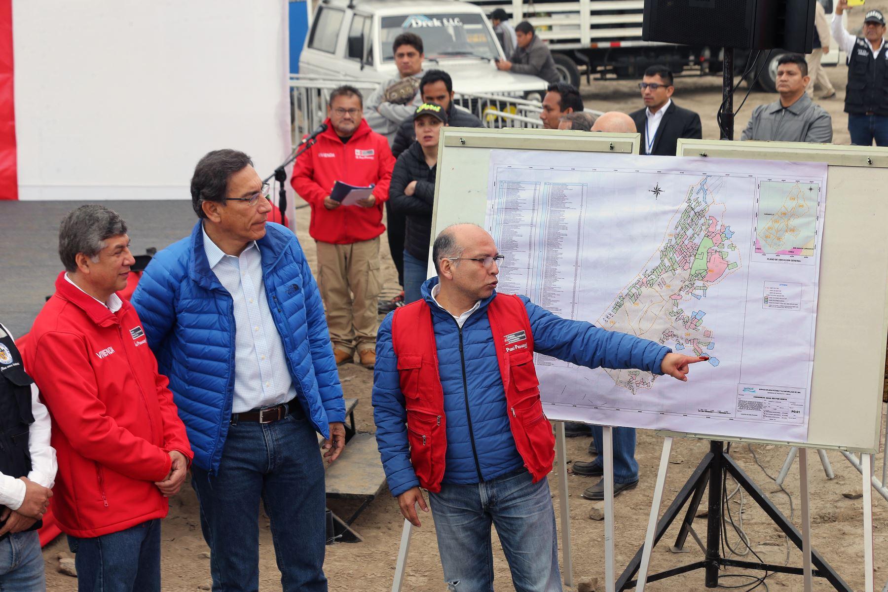Presidente Martín Vizcarra anuncia ampliar y mejorar los sistemas de agua potable y alcantarillado en Carabayllo. Este proyecto esperado por más de 25 años, beneficiará a más de 140 mil ciudadanos .Foto: ANDINA/Norman Córdova