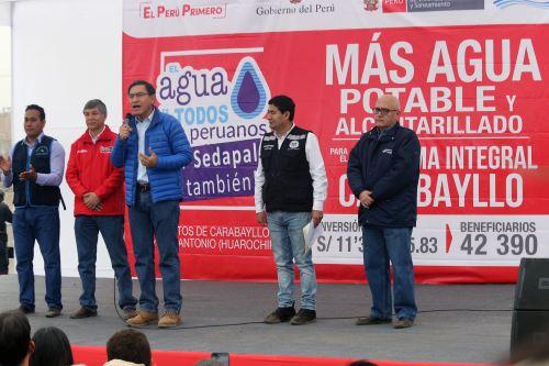 Presidente Vizcarra anuncia obras de agua potable y alcantarillado en Carabayllo