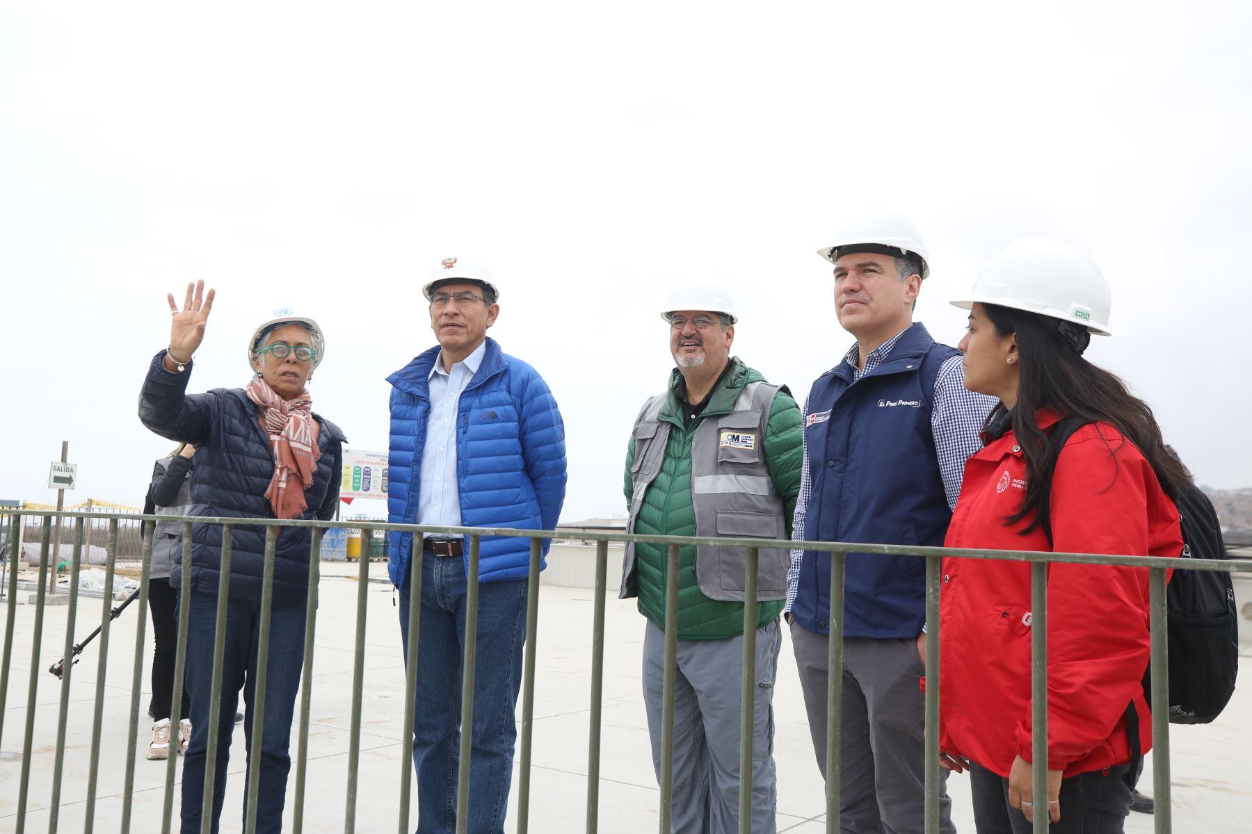 El presidente Martín Vizcarra, el primer ministro ; Salvador del Solar y el ministro de Cultura, Luis Jaime Castillo  supervisan las instalaciones del Museo Nacional del Perú ( MUNA ), en Pachacamac, lugar donde estarán representadas la historia y culturas ancestrales del Perú. Foto: PCM