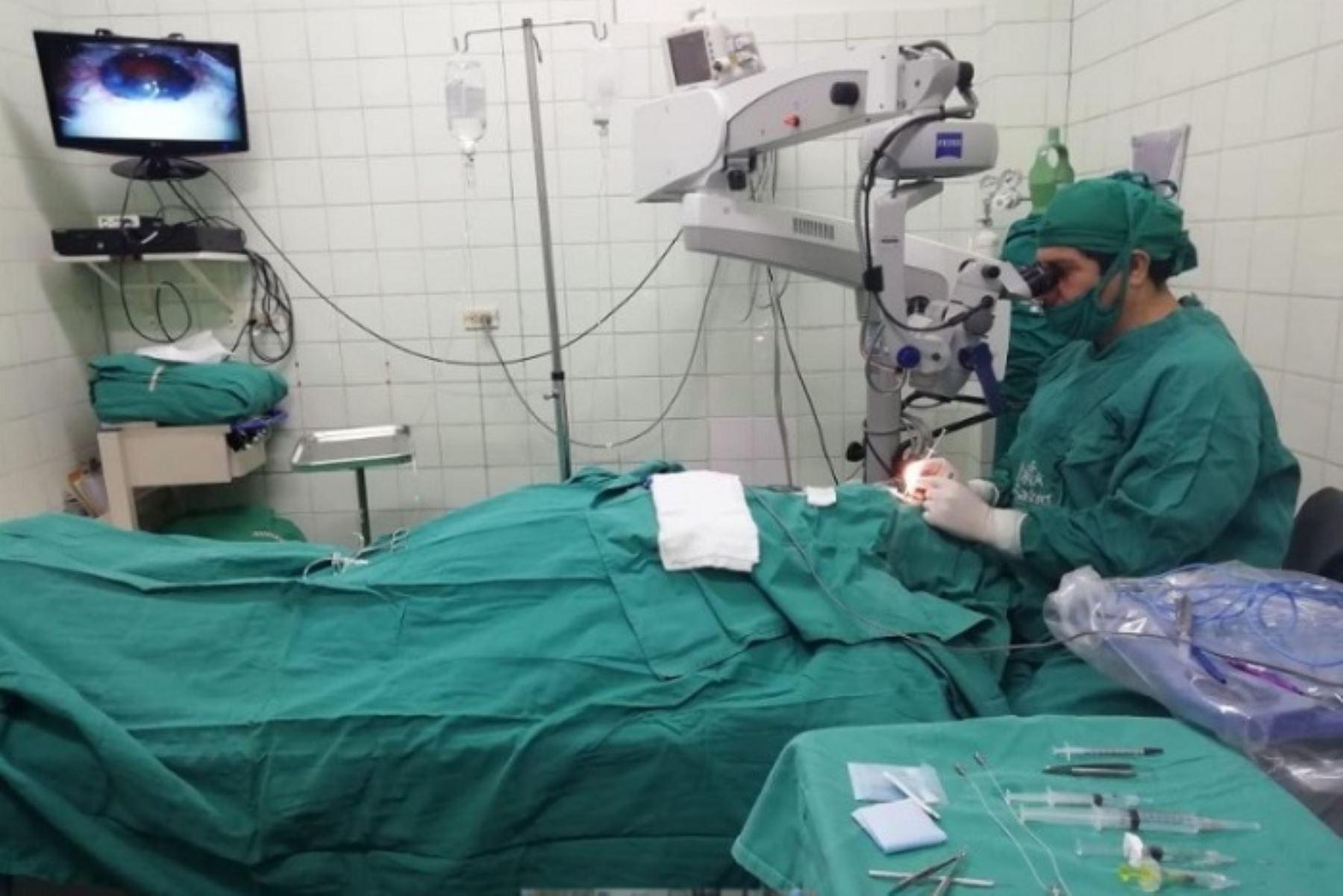 La presidenta ejecutiva de EsSalud, Fiorella Molinelli, destacó que modernos dispositivos fueron adquiridos por la actual gestión para optimizar diagnóstico y tratamiento oportuno de enfermedades.