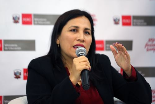 Ministra de Educación Flor Pablo se pronunció sobre medida de Juzgado de Bagua a favor de Telesup.  ANDINA/Norman Córdova