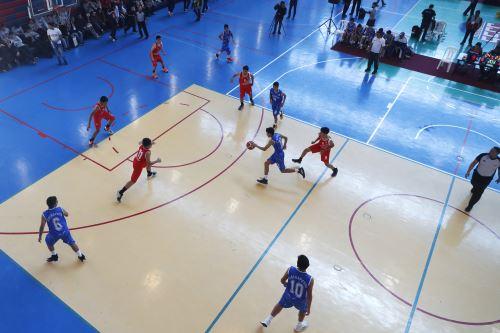 Juegos Escolares 2019: se inicia la etapa final de básquet en el colegio La Recoleta, de La Molina