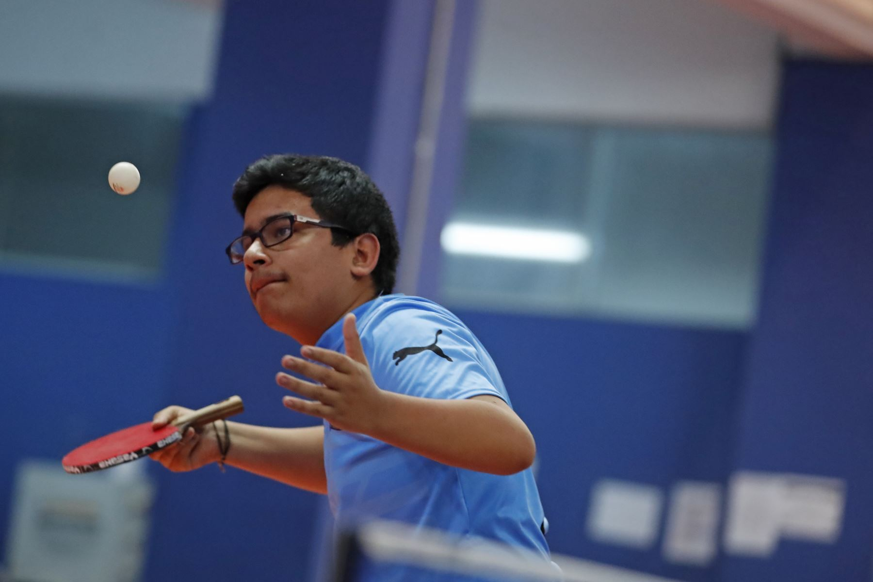 Juan Huerta Rodriguez del Colegio Liceo de Trujillo participa en categoría Tenis de Mesa de los Juegos Escolares 2019. Foto: ANDINA/Renato Pajuelo