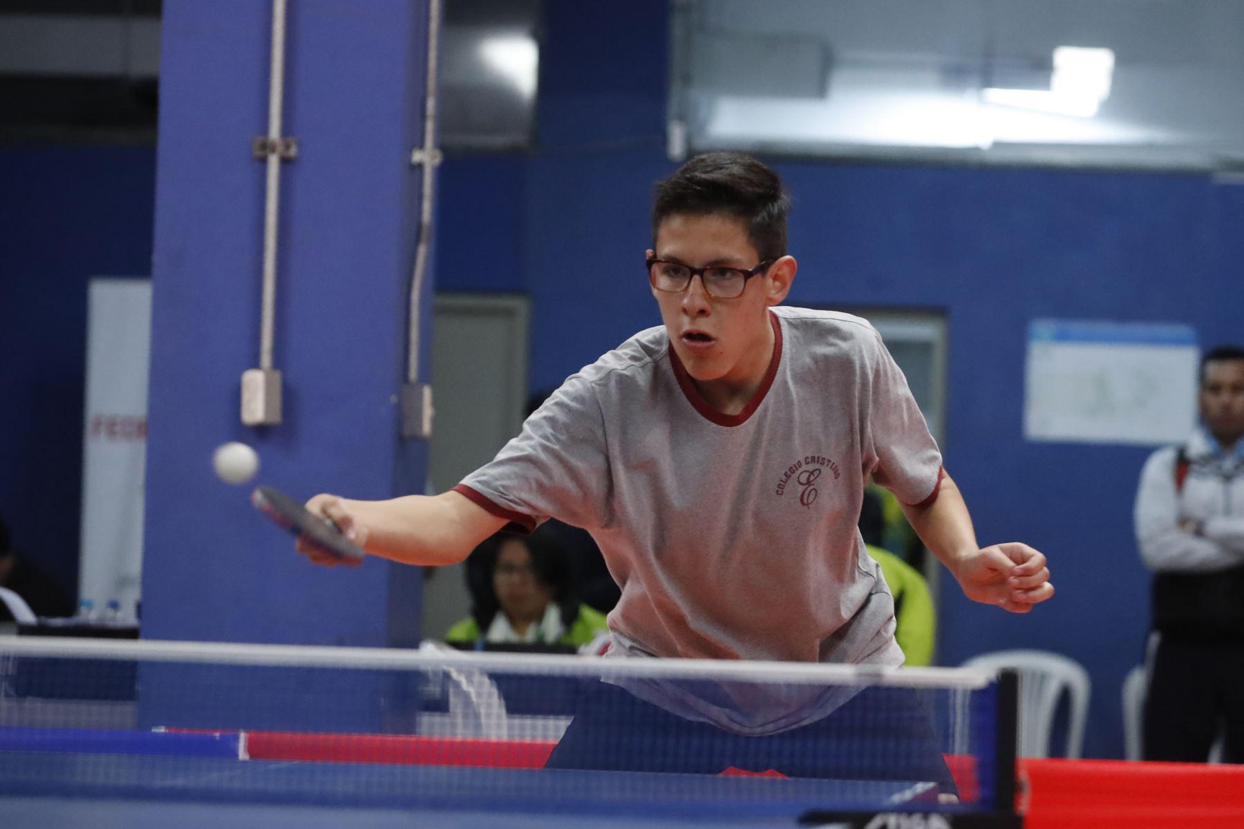 Fidel Aldave del Colegio Cristiano Elliot  participa en Juegos Escolares Nacionales 2019. Foto: ANDINA/Renato Pajuelo