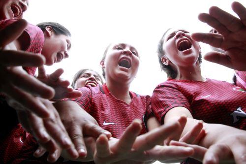 Juegos Escolares 2019: fútbol femenino se desarrolla en la sede Bartolomé Herrera