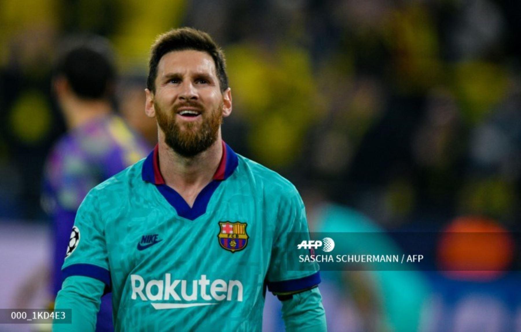 El delantero argentino de Barcelona, Lionel Messi, reacciona después del partido de fútbol del Grupo F de la UEFA Champions League, el Borussia Dortmund v FC Barcelona en Dortmund, Alemania  Foto:AFP