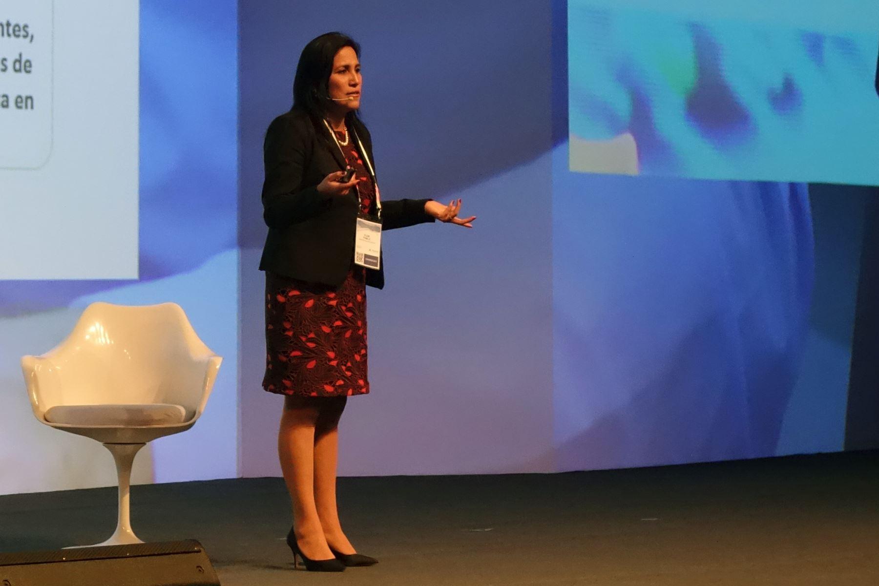 Ministra de Educación, Flor Pablo, en Perumin. ANDINA/Difusión