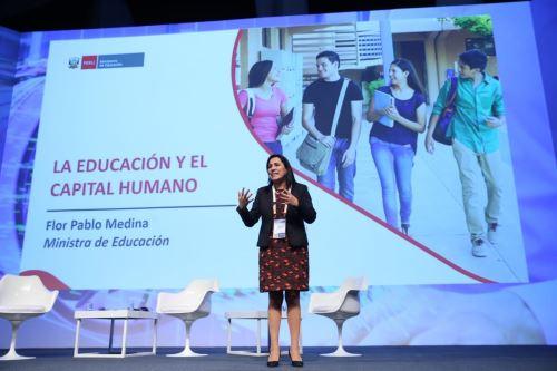 Ministerio de Educación impulsará secundaria técnica para insertar a jóvenes en el mundo laboral, anunció ministra Flor Pablo en Perumin. ANDINA/Difusión