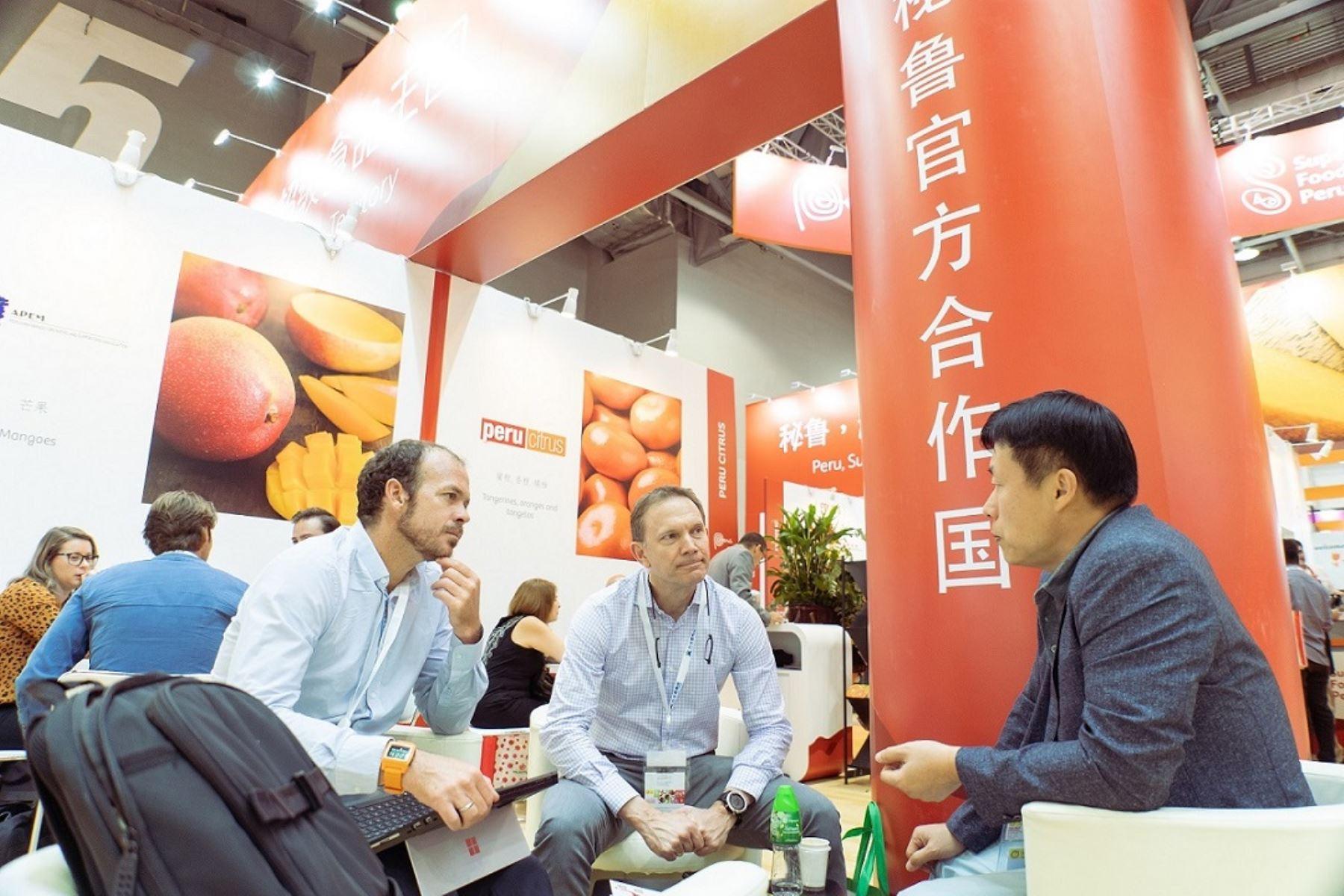 .en el Asia Fruit Logistica 2019, la delegación peruana generó 637 nuevos contactos comerciales.