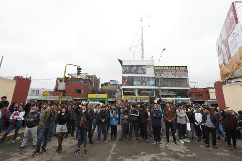 """Continúa toma de ciudad universitaria en San Marcos en protesta contra el """"bypass"""""""