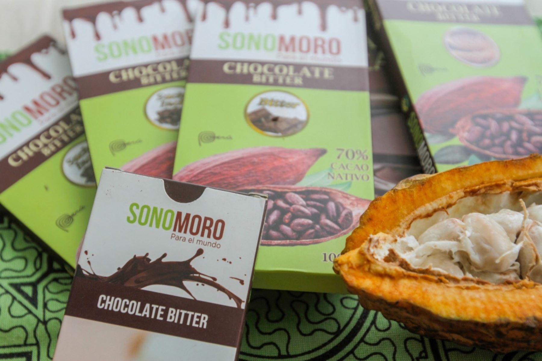 Productores de cacao de San Martín de Pangoa, en Junín, innovan con chocolate con suri y chicharra para combatir la anemia infantil. ANDINA/Difusión