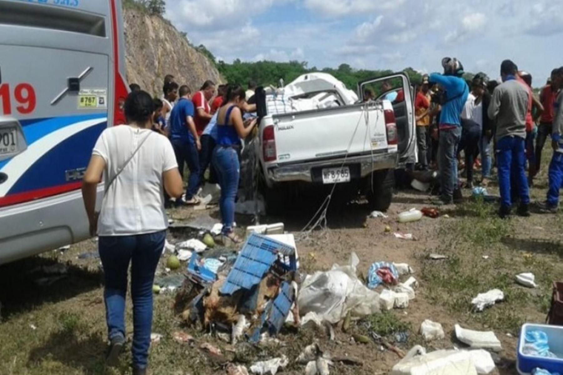 Delicado es el estado de salud de Miguel Jara Mogollón, alcalde del distrito ancashino de Pontó, en la provincia de Huari, luego de sufrir un accidente automovilístico en la carretera Panamericana Norte, a la altura de Huacho, en la provincia de Huaura, región Lima, informaron fuentes policiales locales.
