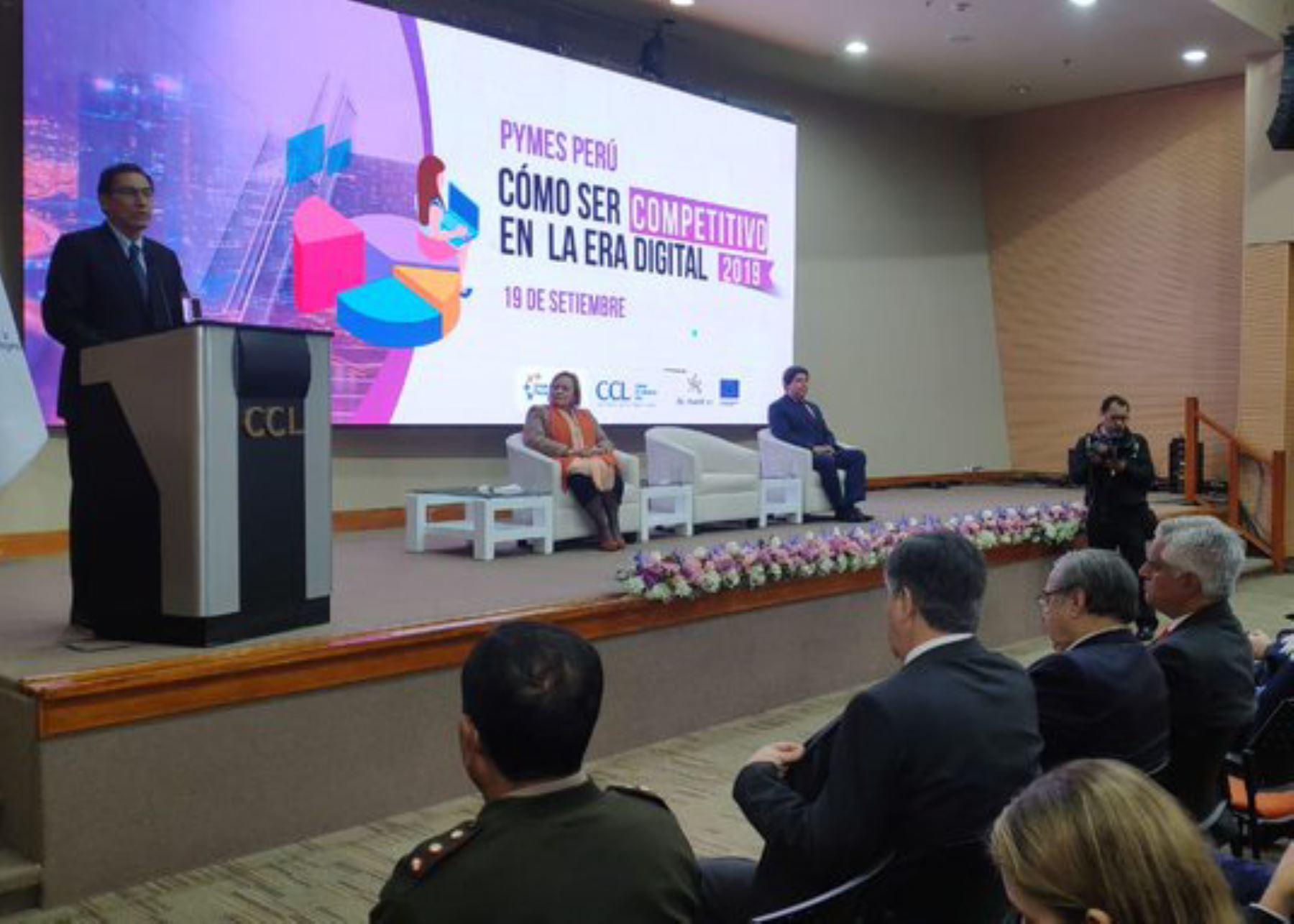 Presidente Martín Vizcarra inaugura XV ExpoPyme.