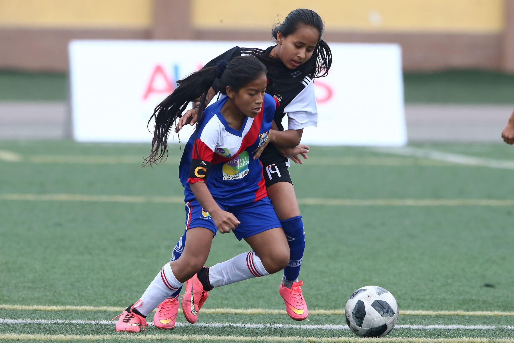 En marco de los Juegos Deportivos Escolares Nacionales sede Bartolomé Herrera. Foto: ANDINA/Vidal Tarqui