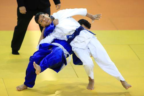 Juegos Escolares 2019: Continua la competencia de  Judo Mixto.