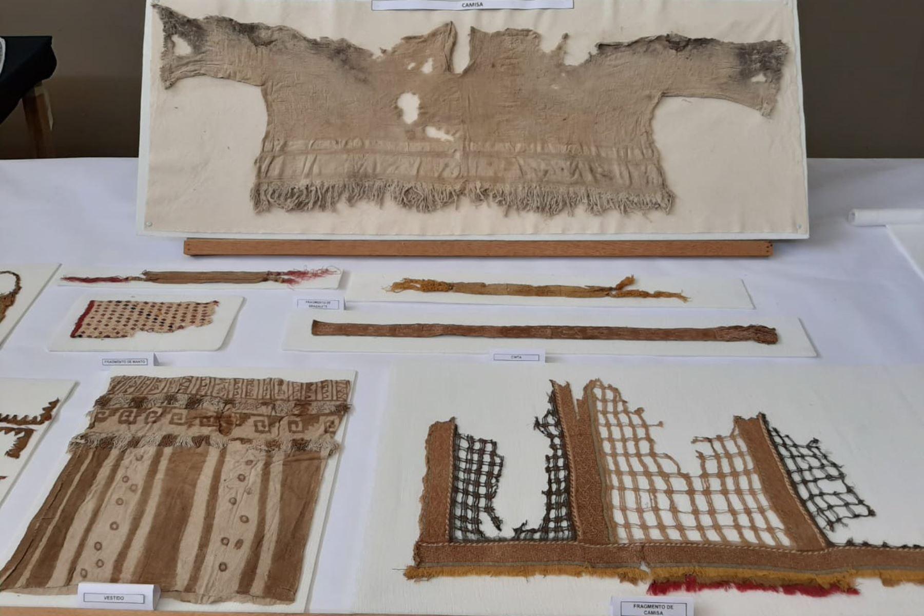 Arqueólogos hallan turbante y 37 contextos funerarios en el conjunto amurallado Chayhuac An, en el complejo arqueológico Chan Chan, en Trujillo. Foto: Luis Puell