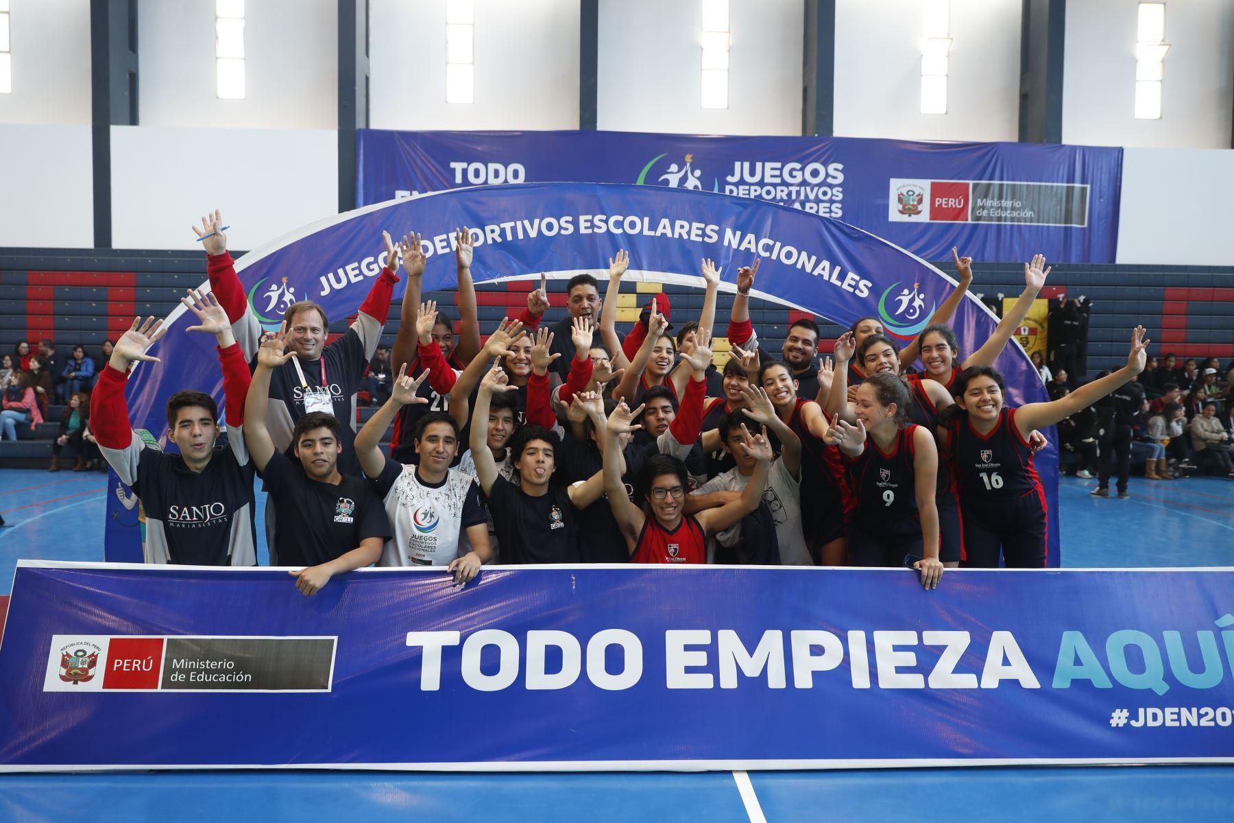 Colegio San José Obrero Maristas de Trujillo gana medalla de oro en categoría masculina y femenina por  los Juegos Deportivos Escolares Nacionales 2019. Foto: ANDINA/Renato Pajuelo