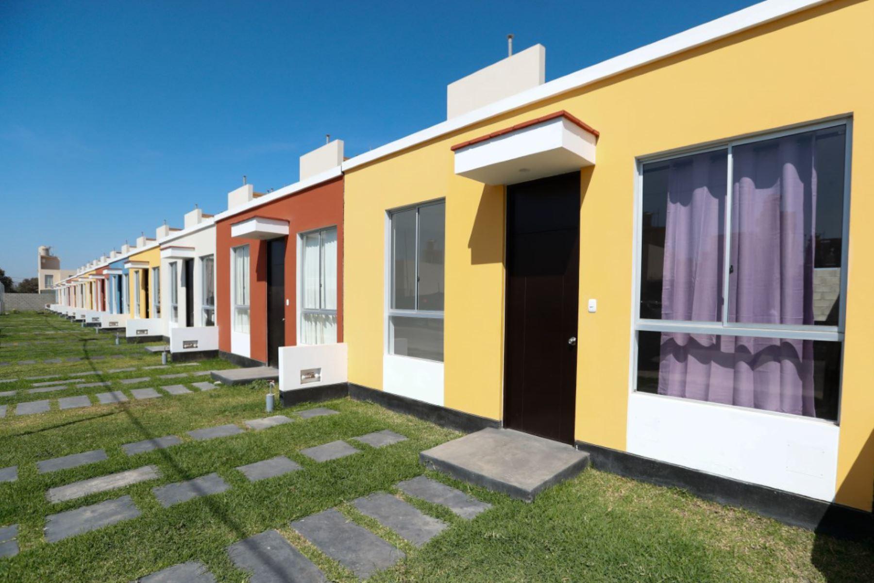 Gobierno destinó S/ 66 millones a bonos habitacionales para desplazados por terrorismo