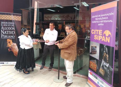 Muestra sobre algodón nativo en el museo Tumbas Reales de Sipán