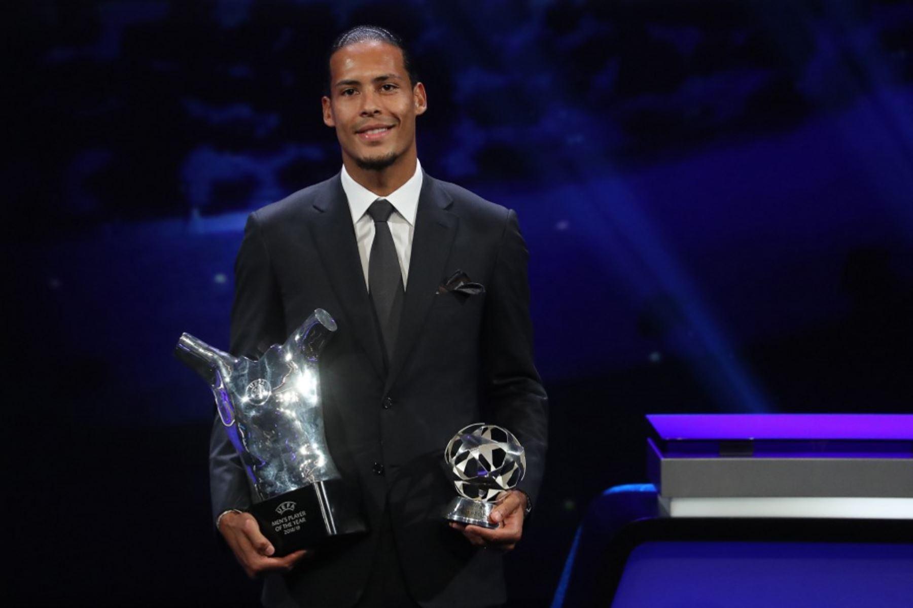 Virgil Van Dijk es el favorito para convertirse en el mejor jugador del mundo