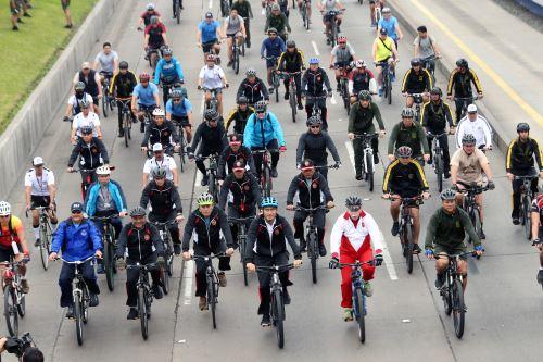 Con energía y firmeza  miembros de las FF.AA participan en la XVII edición de la Carrera Cívico Militar 7.5K