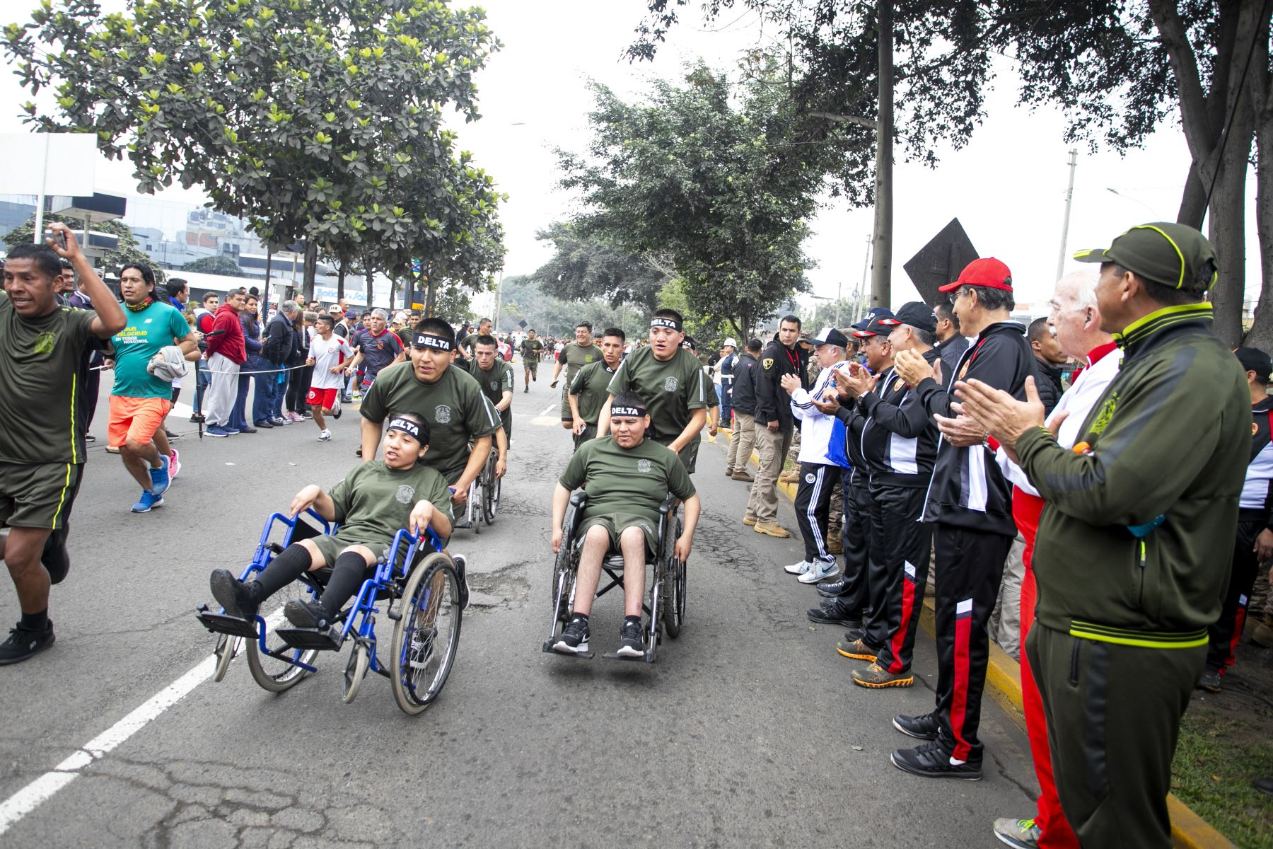 El presidente de la República Martín Vizcarra, participó en la ceremonia de inicio de la XVII edición de la Carrera Cívico Militar 7.5K, en el marco de las actividades por el Día de la s Fuerzas Armadas. Foto: ANDINA/Prensa Presidencia