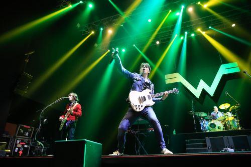 Banda Weezer en Lima