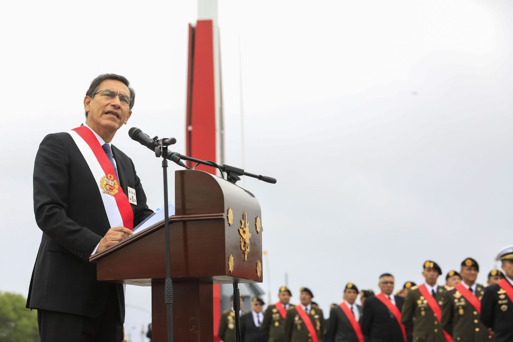 El presidente Martin Vizcarra participa en la ceremonia por el Día de las Fuerzas Armadas.Foto: ANDINA/Prensa Presidencia