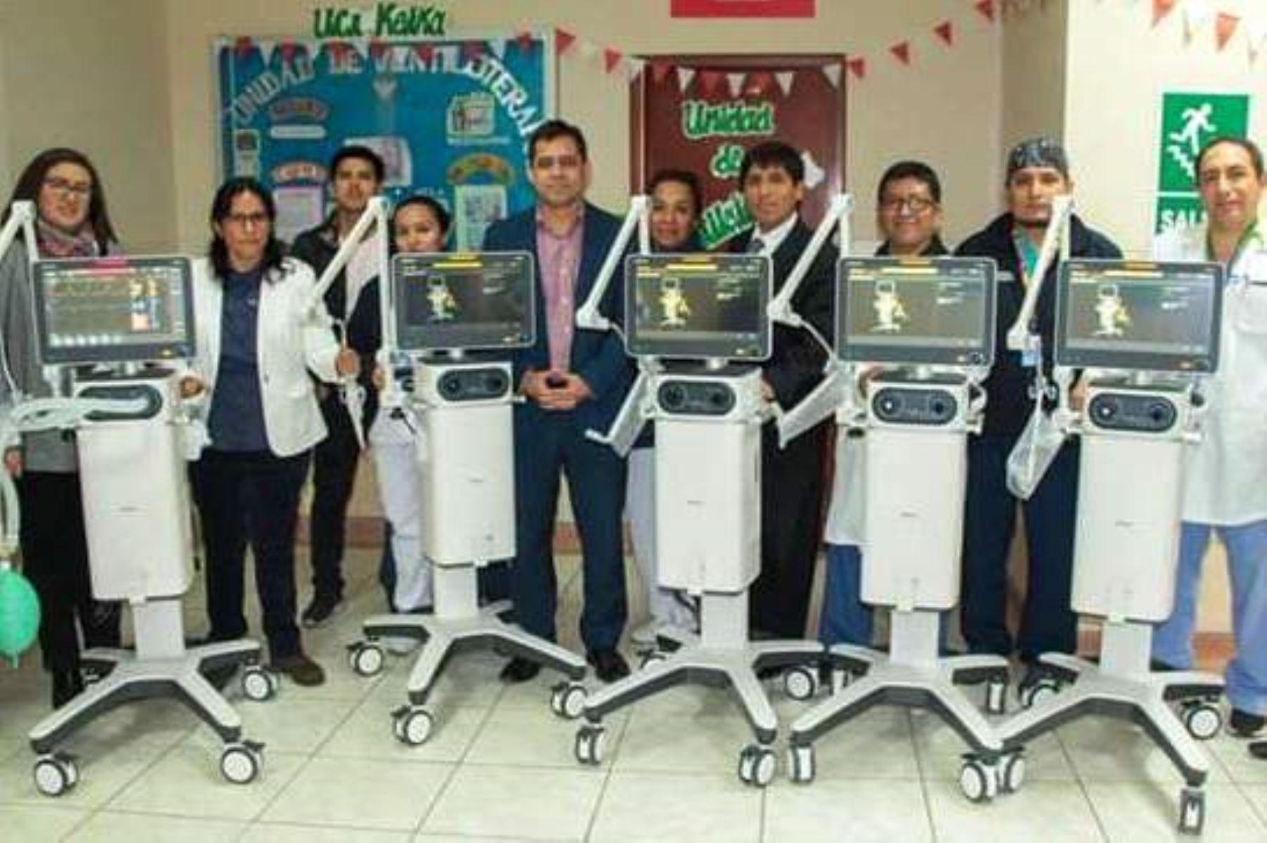 Hospital Dos de Mayo adquiere ventiladores inteligentes para atención de adultos y niños. Foto: ANDINA/Difusión.